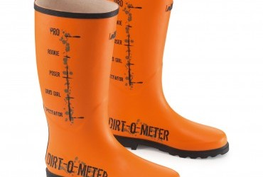 DIRT-O-METER RUBBER BOOTS