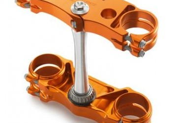 FACTORY TRIPLE CLAMP