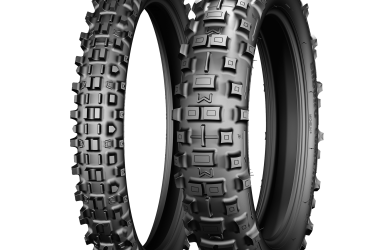 MICHENLIN COMP VI TYRE SET